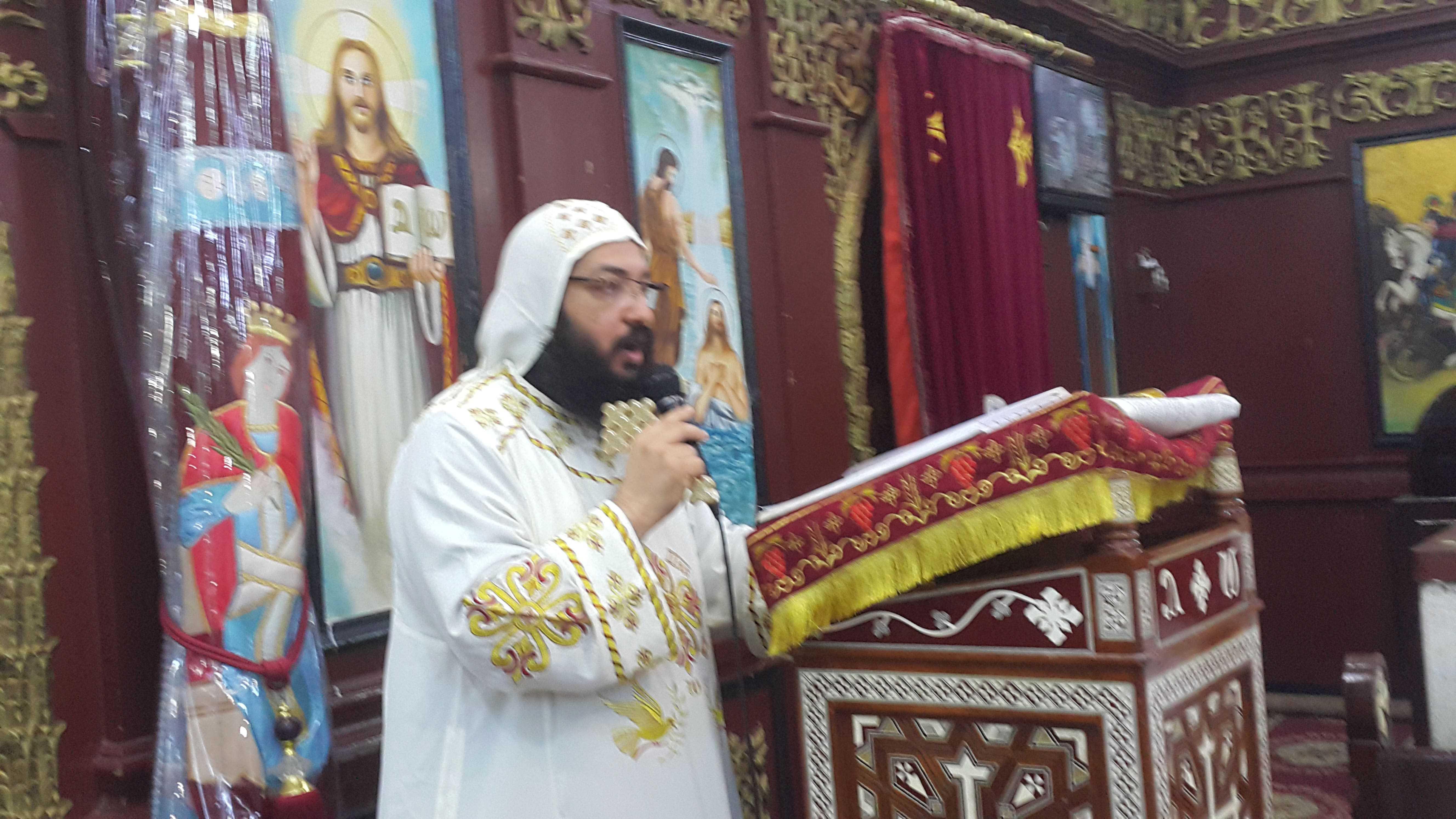 قداس القمص اكسيوس الانبا بيشوى